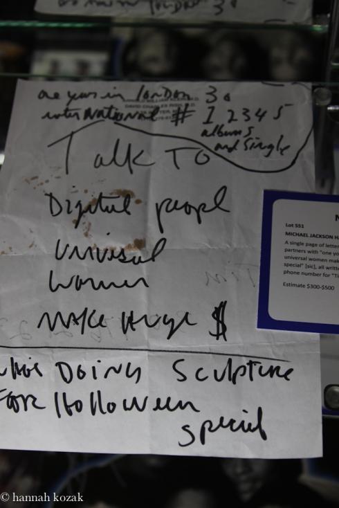 Itens preciosos e pessoais de Michael no leilão de Juliens Img_99361