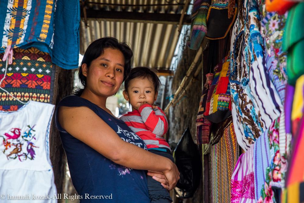 Mother & child - Santiago, Lake Atitlan